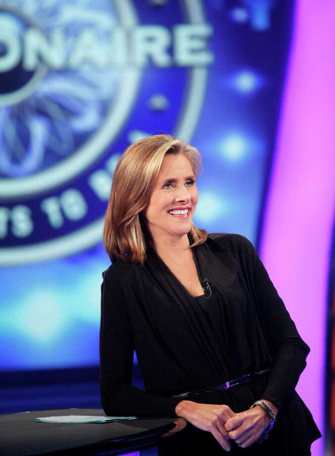 """Meredith Vieira hosts """"Who Wants to Be a Millionaire?"""" Photo: Courtesy Of Valleycrest Producti"""