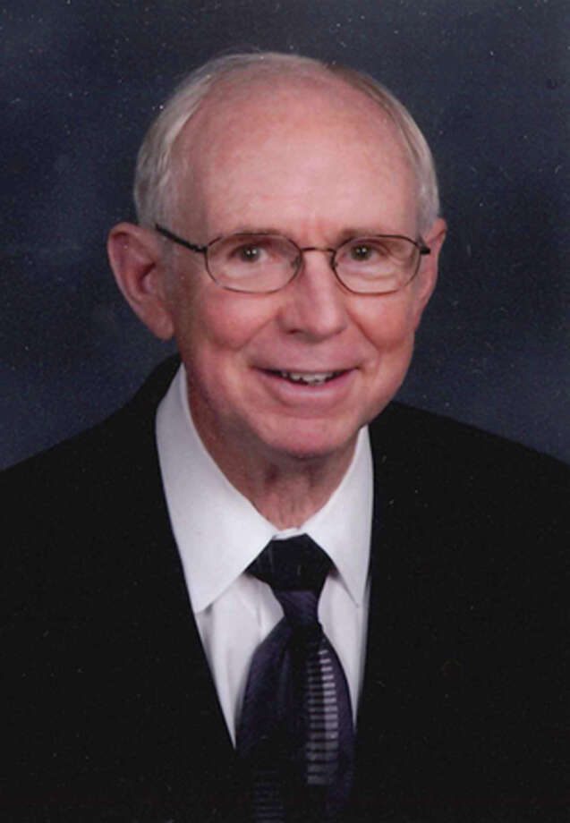 Thomas O. McClung, Jr., passed away on July 16, 2012.  As a servant of God and a United Methodist pastor for forty years, Tom served congregations in George West, Corpus Christi (Wesley), Rockport and Port Lavaca.  In San Antonio, he was pastor of Windcrest, Coker and St. Johns.