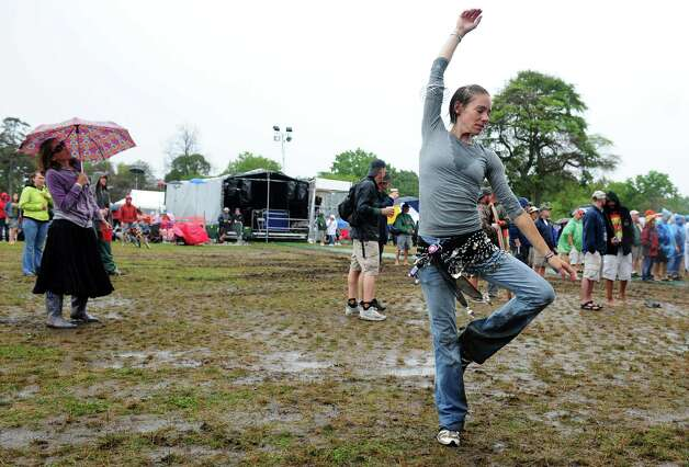 Liz Bouchard, of Arundel, ME, dances as Assembly of Dust performs during the Gathering of the Vibes at Seaside Park in Bridgeport, Conn. Friday, July 20, 2012. Photo: Autumn Driscoll / Connecticut Post freelance