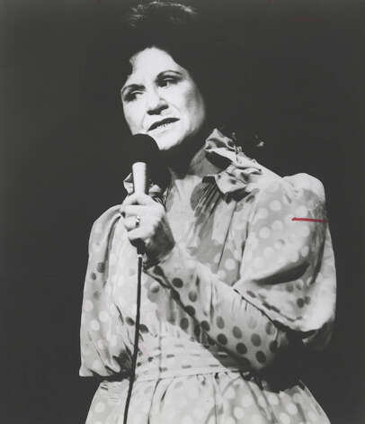 KITTY WELLS Photo: EXPRESS-NEWS FILE PHOTO