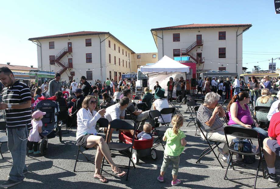 Off the Grid's Friday night bash at Fort Mason features 32 vendors, making it California's largest weekly evening street food market. Photo: Liz Hafalia / Liz Hafalia / The Chronicle 2012 / ONLINE_YES