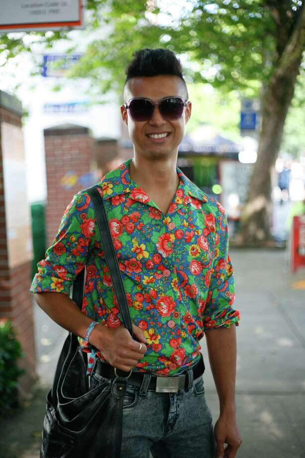 Franky Lent sports a floral shirt. Photo: Sofia Jaramillo / SEATTLEPI.COM