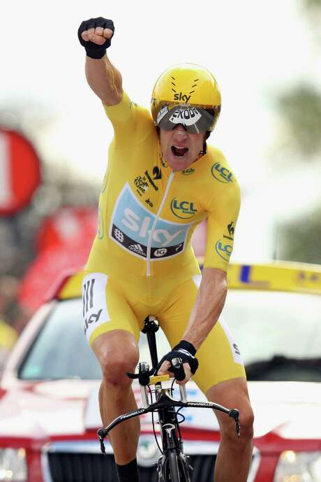 Bradley Wiggins' victory in Saturday's time trial has him entering Paris leading by more than three minutes. Photo: Bryn Lennon / 2012 Getty Images
