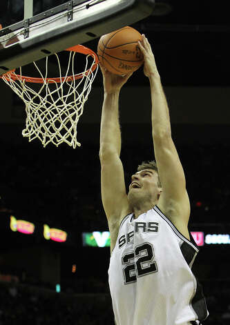 Tiago Splitter: Basketball, Brazil Photo: KIN MAN HUI, San Antonio Express-News / SAN ANTONIO EXPRESS-NEWS
