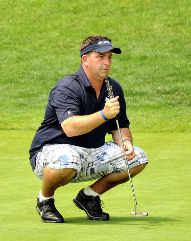 Howie Busse plays in the 22nd Annual Danbury Amateur golf championship at Richter Park Golf Course Sunday, July 22, 2012. Photo: Michael Duffy / The News-Times