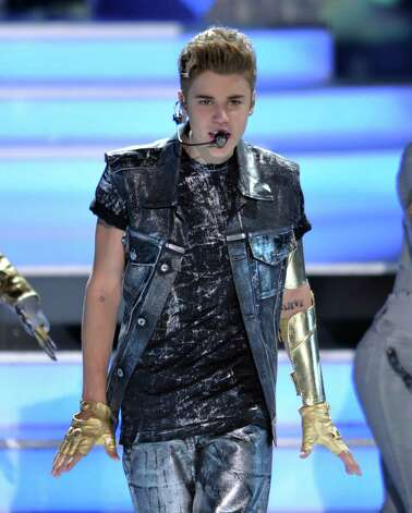 Justin Bieber performs onstage at the Teen Choice Awards on Sunday, July 22, 2012, in Universal City, Calif. (Photo by John Shearer/Invision/AP) Photo: John Shearer