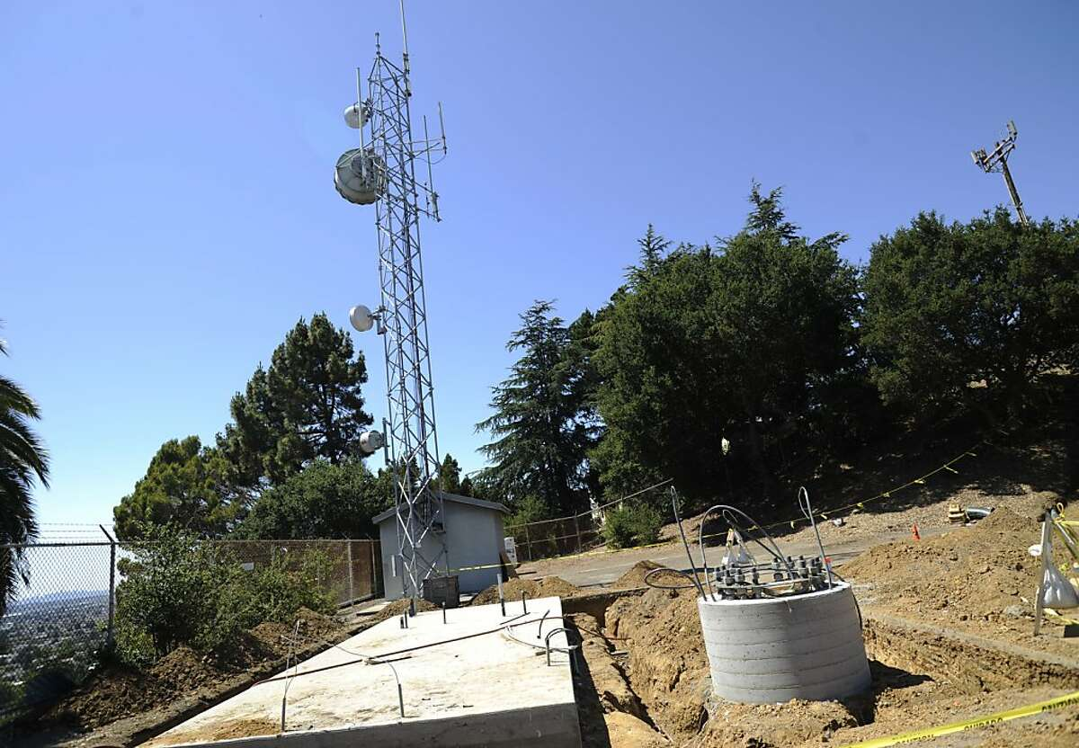 A new communications tower is photographed on Thursday, July 19, 2012 in Oakland, Calif, which is being built right next to a smaller existing tower Oakland has.
