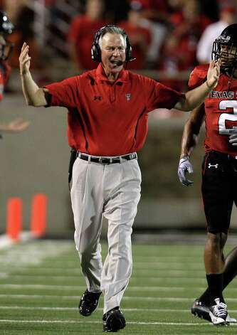 Texas Tech head coach Tommy Tuberville yells from the sidelines during the first half of the an NCAA football game against Texas in Lubbock, Texas, Saturday, Sept. 18, 2010. Photo: AP