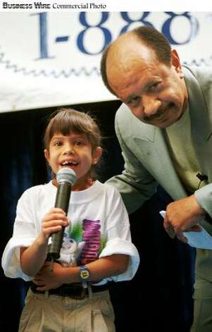 Sherman Hemsley of 'The Jeffersons' and 7-year-old Jessica Adona - winner of the 1998 Pillsbury Doughboy Giggle-Off Contest - giggled their hearts out to kick-off the 1999 search for 'America's Best Giggler.'  People of any age may enter the national giggle contest by calling 1-888-WE-GIGGLE through May 31 for the chance to win the $50,000 grand prize. (Business Wire photo) (BW)