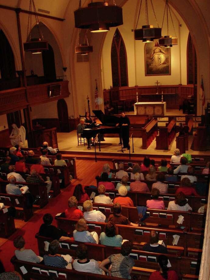 The Fairfield County Chorale presents its ever-popular informal Summer Sings sing-along events every Monday night in August. Photo: Contributed Photo