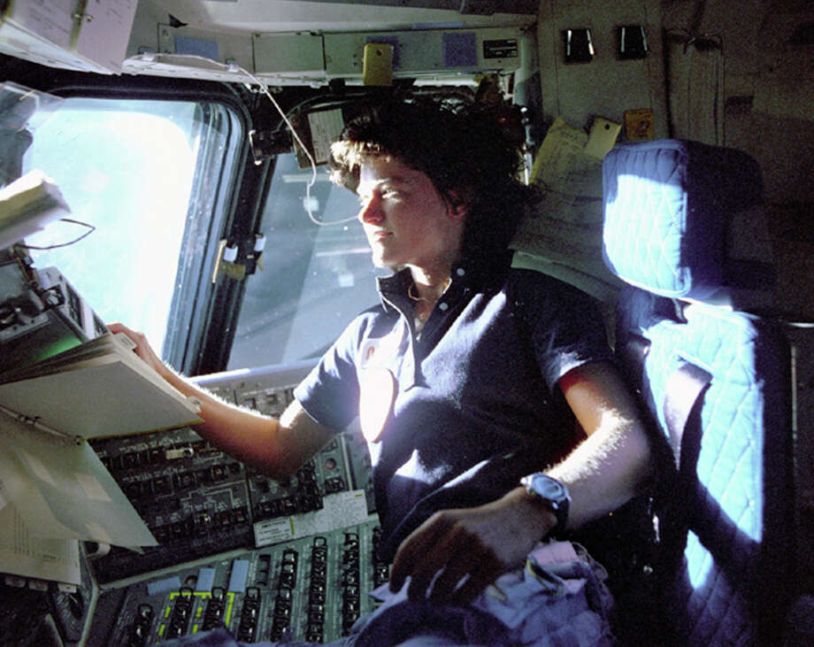 A statue of astronaut Sally Ride, a specialist on shuttle mission STS-7, may replace that of Father Junipero Serra. Photo: Uncredited / Associated Press / NASA