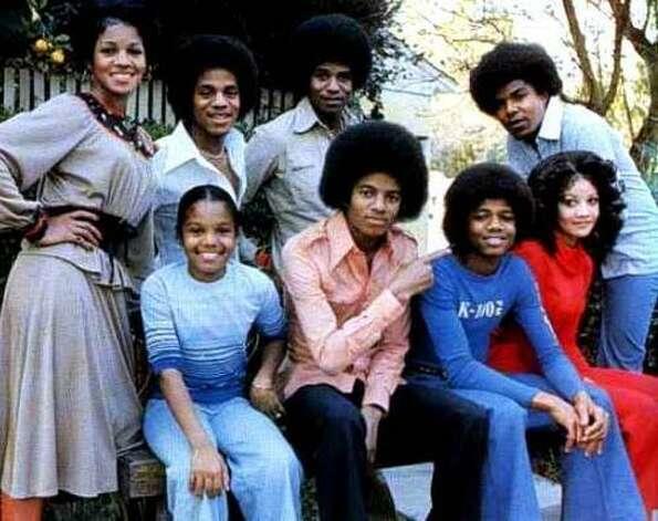 The Jackson Family, 1976. (Motown) / SF