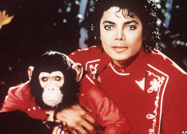Michael Jackson and his pet chimp Bubbles, 1985. (Sony) / SF