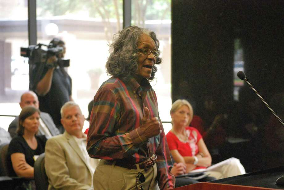 Citizens address city council regarding the possibility of a BISD/city-funded crossing guard program. Photo: Clay Thorp