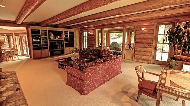 Media room of a Snoqualmie home set for sale at auction on Aug. 9. Photo: J. P. King Auction Co.