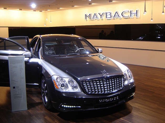 Maybach 57: 10 city, 16 highway, 12 combined.   To drive 25 miles, it would cost $7.32.(Photo: harry_nl, Flickr)