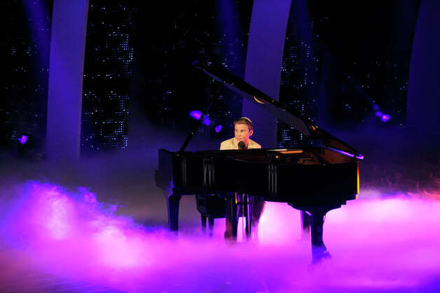 AMERICA'S GOT TALENT -- Episode 714 -- Pictured: Edon Pinchot  -- (Photo by: Virginia Sherwood/NBC) Photo: NBC, Virginia Sherwood/NBC / 2012 NBCUniversal Media, LLC..
