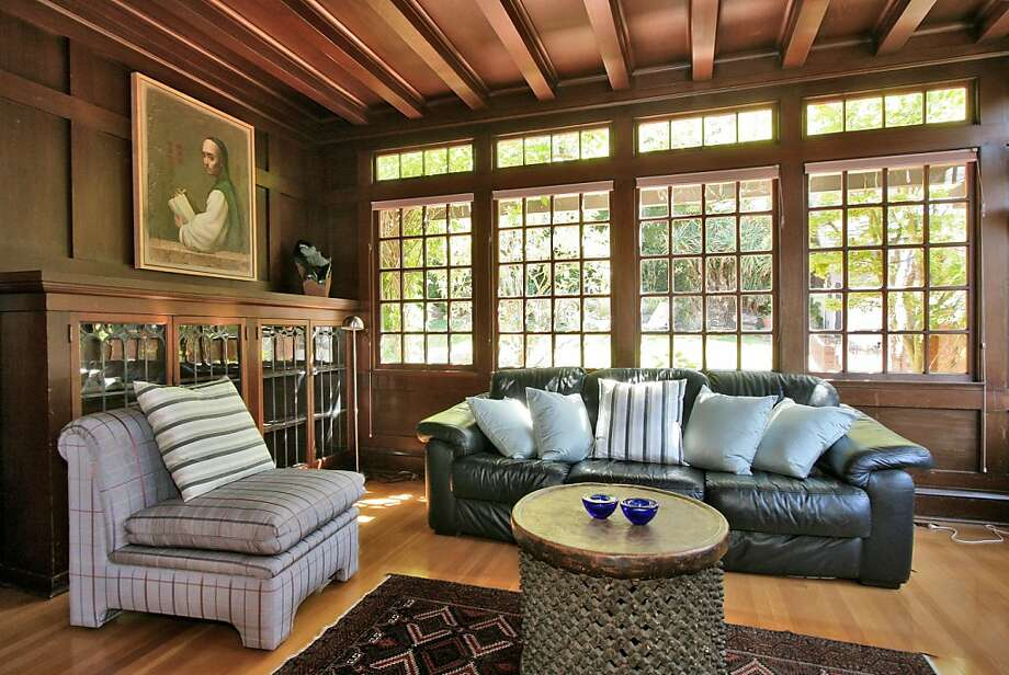 This Berkeley home was designed in the Tudor style by architect Walter Ratcliff. Photo: Liz Rusby