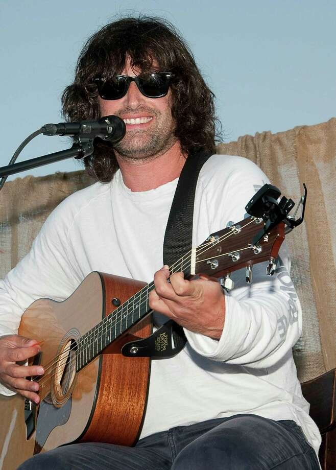 MONTAUK, NY - JULY 03:  (EXCLUSIVE ACCESS, Premium Rates Apply) Pete Yorn performs during the Bing Summer Concert Series with Pete Yorn at Sole East Resort on July 3, 2010 in Montauk, New York.  (Photo by Eugene Gologursky/Getty Images for Bing) Photo: Eugene Gologursky / 2010 Getty Images