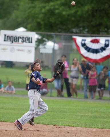 Danbury 10-year-old Cal Ripken team wins New England