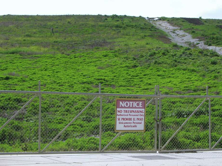 This landfill in Comal County is 3,000 feet long and 1,300 feet wide and can be seen from a considerable distance. Photo: Forrest Mims III, For The Express-News