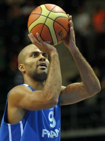 Tony Parker of France vies during a match against Israel during a 2011 European championship qualifying round, group B basketball game in Siauliai on September 1, 2011. (Janek Skarzynski / AFP/Getty Images)