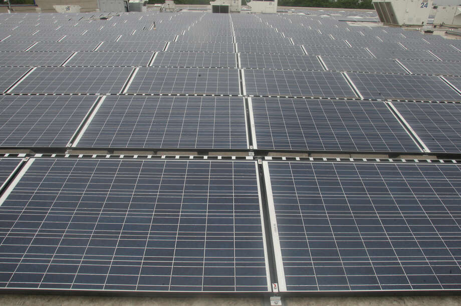 Ikea ups its use of green power houston chronicle for Solar panels houston