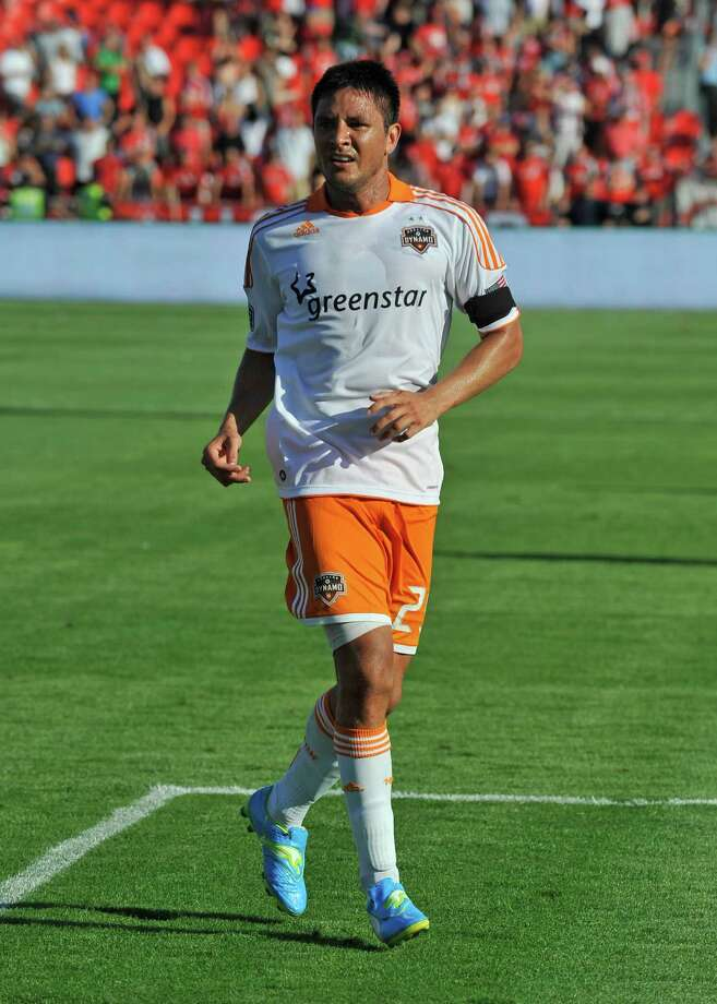 Brian Ching runs during MLS game action against the Toronto FC. Photo: Brad White, Getty Images / 2012 Getty Images