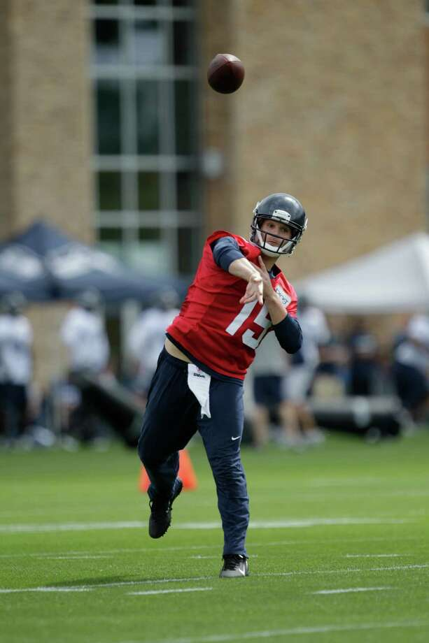 Seahawks quarterback Matt Flynn passes. Photo: AP