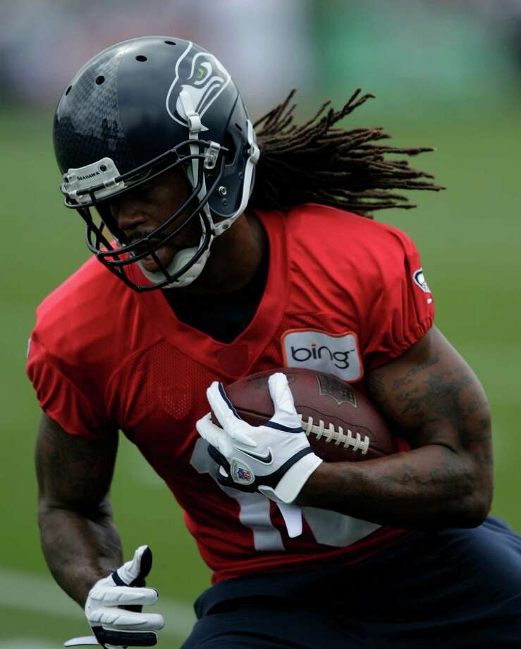 Seahawks wide receiver Sydney Rice runs the ball. Photo: AP