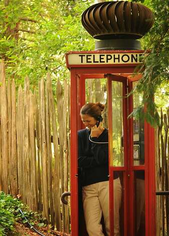 Nepenthe's Telephone Booth Photo: Tom Birmingham