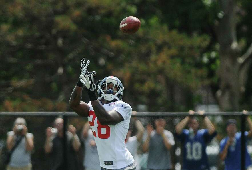 D.J. Ware catches a pass during practice at New York Giants training camp at the University at Alban