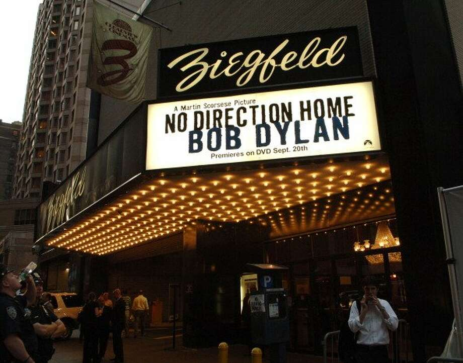 "Ziegfeld Theater during the premier of ""No Direction Home"" a film about American songwriter and musician Bob Dylan, New York City, New York. (KMazur / WireImage for Paramount Classics)"