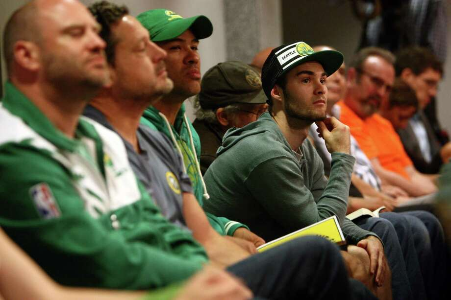 Arena supporters listen during a meeting of the King County Council on Monday, July 30, 2012 at Metropolitan King County Council chambers. Photo: JOSHUA TRUJILLO / SEATTLEPI.COM