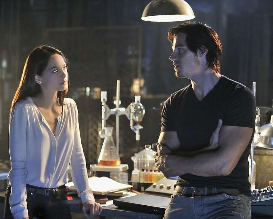 "In ""Beauty and the Beast,"" Kristin Kreuk plays a woman in danger after seeing her mother's killers, and Jay Ryan portrays the hero who rescues her. Photo: Ben Mark Holzberg, The CW"