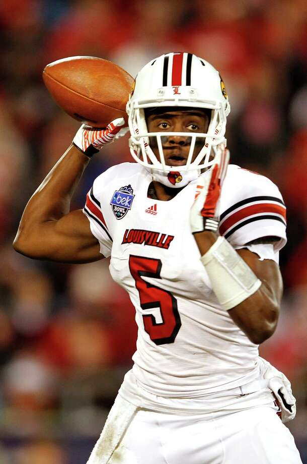 Quarterback Teddy Bridgewater and Louisville aim to improve a passing offense that ranked 74th nationally a year ago. Photo: Streeter Lecka, Getty Images / 2011 Getty Images