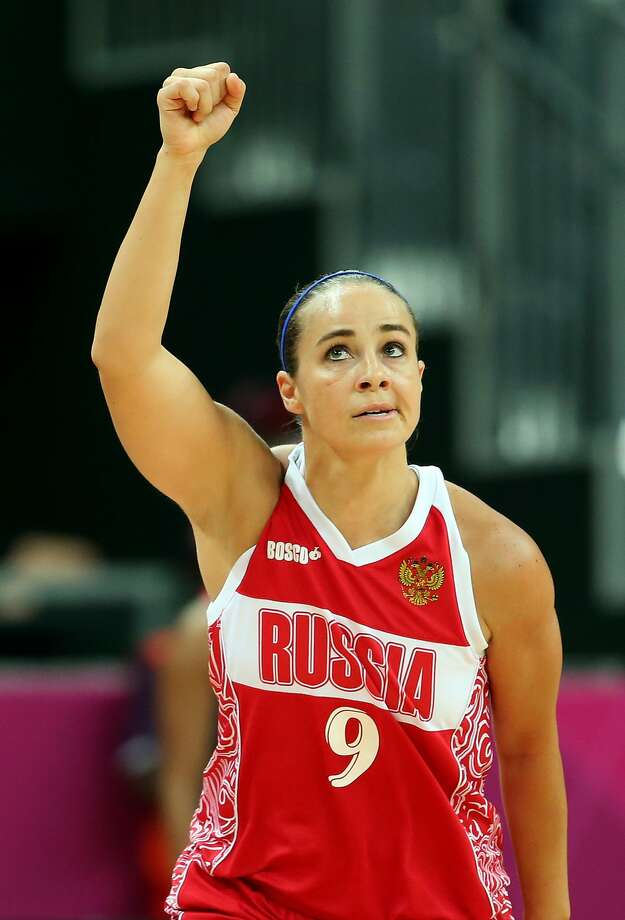 Becky Hammon #9 of Russia reacts after hitting a three point shot against Great Britain during the Women's Basketball Preliminary Round match on Day 5 of the London 2012 Olympic Games at Basketball Arena on August 1, 2012 in London, England. (Christian Petersen / Getty Images)