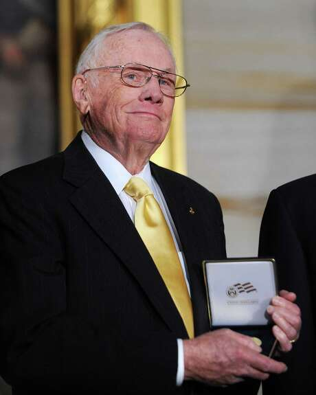 Astronaut Neil Armstrong poses with the Congressional Gold Medal inside the Rotunda of the U.S. Capitol November 16, 2011 in Washington, DC. (Olivier Douliery/Abaca Press/MCT) Photo: Olivier Douliery, McClatchy-Tribune News Service / Abaca Press
