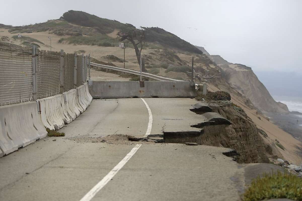 The southbound stretch of the Great Highway between Sloat and Skyline boulevards has been one lane due to erosion. The great Highway is seen on Wednesday, August 1, 2012, in San Francisco, Calif.