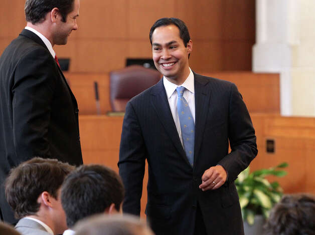 "Mayor Julían Castro appears before the City Council ""B"" session to discuss his pre-kindgarten initiative, which some readers oppose.