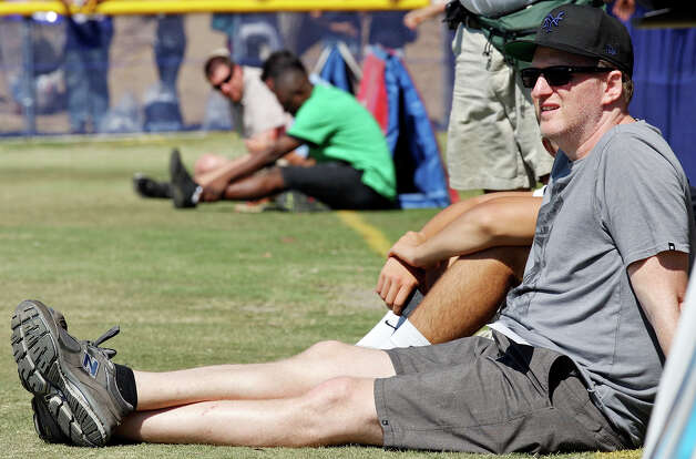 Actor Michael Rapaport watches practice during the Dallas Cowboys 2012 training camp held Wednesday Aug 1, 2012 in Oxnard, CA. Photo: Edward A. Ornelas, San Antonio Express-News / © 2012 San Antonio Express-News