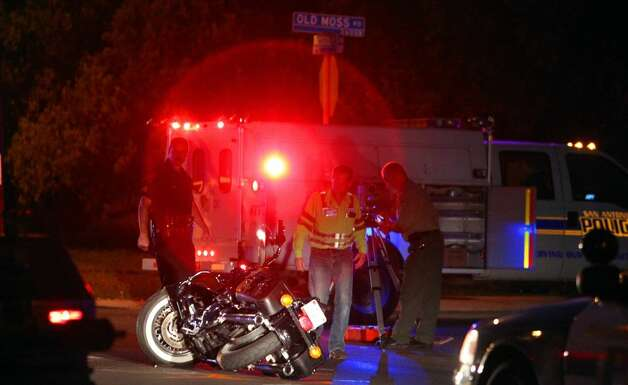 A motorcyclist was killed while riding north on Nacogdoches Road about  4:35 a.m. Thursday when an SUV pulled in front of him at Old Moss Road, police said. Photo: John Davenport/Express-News