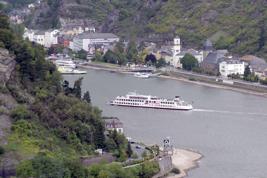 A riverboat cruises toward the Rhine River village of St. Goar. Photo: Dominic Bonuccelli, Ricksteves.com