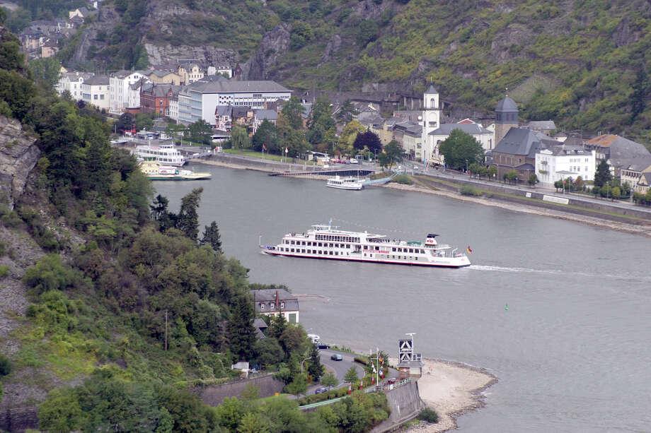A riverboat cruises toward the Rhine River village of St. Goar. Photo: Dominic Bonuccelli, Ricksteves.com