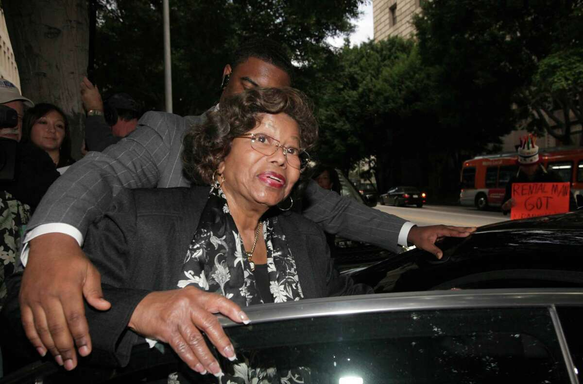Katherine Jackson says she was being held incommunicado at a resort in Tucson last week while here grandchildren were trying to locate her.