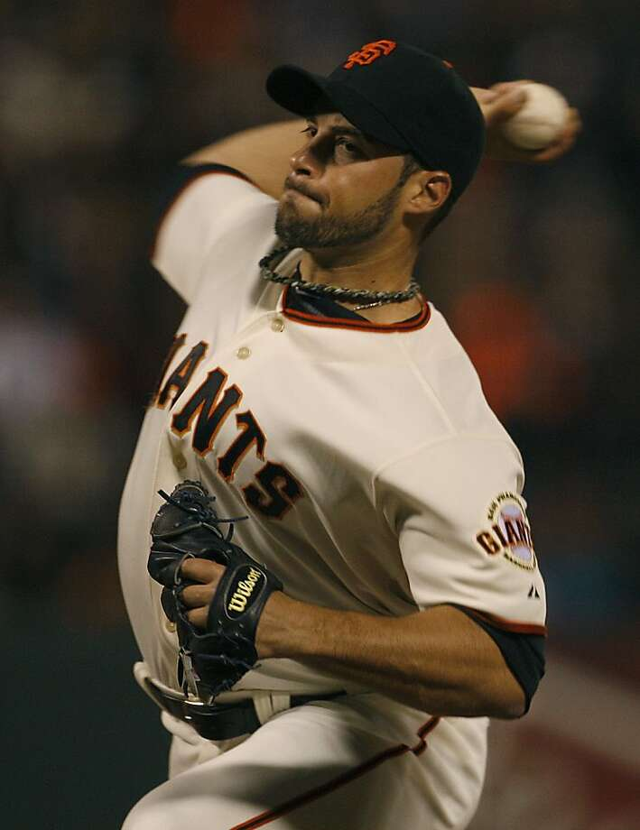 SF Giant's George Kontos pitching during the sixth inning at AT&T park in San Francisco, Calif., on Wednesday, August 1, 2012. Photo: Liz Hafalia, The Chronicle