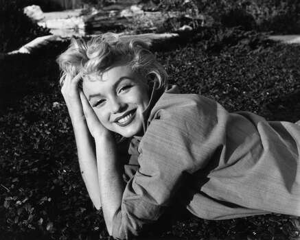 FILE - 25 JULY for 5 AUGUST 2012 for 50 YEAR ANNIVERSARY: Fifty years ago Hollywood actress Marilyn Monroe died in her home in Brentwood, Los Angeles, USA on August 5, 1962. http://www.gettyimages.com/Search/Search.aspx?EventId=119766312&EditorialProduct=Archival#&esource=maplinARC_uki_aug12 1954:  American film star Marilyn Monroe (1926-1962).  (Photo by Baron/Getty Images) (Baron / Getty Images)