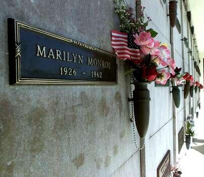 CELEBRITY GRAVES-- MARILYN MONROE is buried at Westwood Memorial. (GARY FRIEDMAN / LOS ANGELES TIMES)