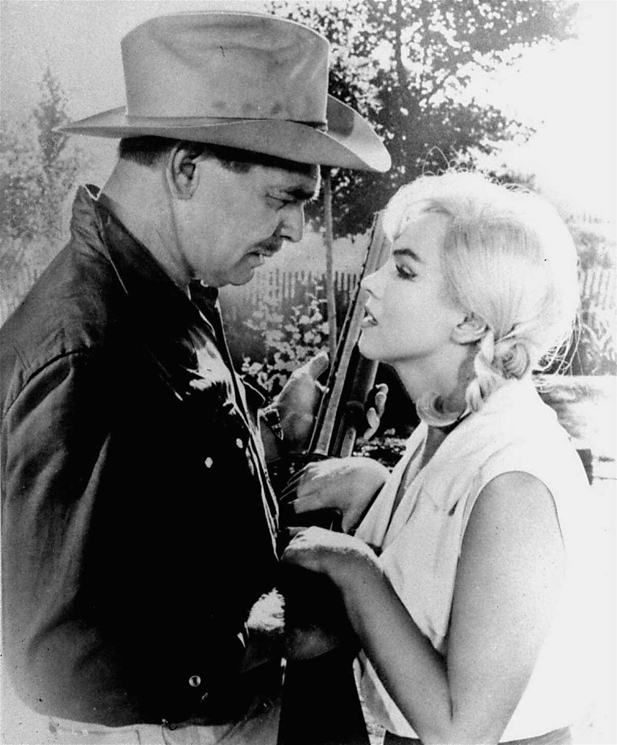 """**FILE** Clark Gable and Marilyn Monroe, play a scene in """"The Misfits"""" in this undated file photo. It turned out to be the last movie for both in 1961. (AP Photo, file)"""