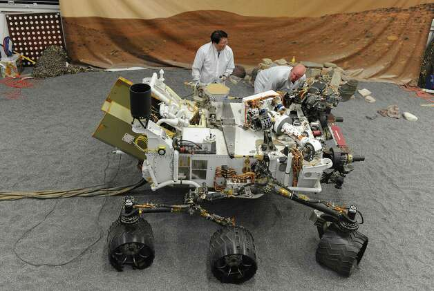 comparing three mars rovers This data rate difference of three orders of comparing the annual mars exploration program budget the decadal committee said that the max-c mars rover.